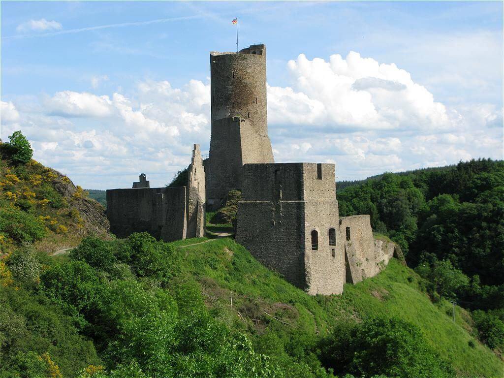 Loewenburg Castle, Monreal - Zeitgeist General History Tours